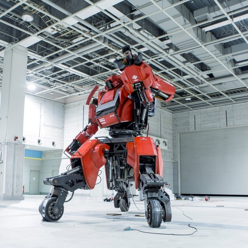 robot amazon 1 million